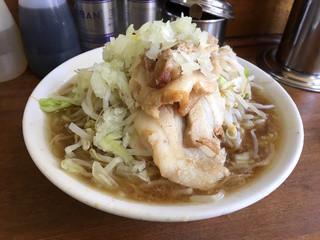 ラーメン麺徳 東上野店 - ラーメン 細麺 野菜普通(680円)