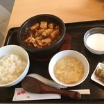 食いしん房 - 麻婆豆腐定食半ライス