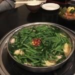 牛もつ鍋 おおいし - 料理写真:醤油ベースのもつ鍋