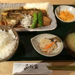 ふっさん家 - 料理写真:鯛あら煮定食