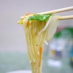 南京亭 - サンマーメンの麺
