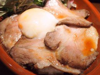 ラス ボカス - イベリコローストポーク丼 1100円