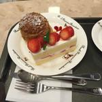 レアル プリンセサ・リカルディーナ 磯上邸 - イチゴシュートとシュークリーム、美味しい!