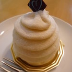 パティスリー フレジェ - チーズモンブラン 380円