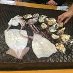 海上カキ焼き 幸栄丸 - 料理写真:
