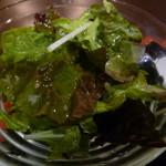 居酒屋 わのわ - こちらも低農薬の野菜を使ったサラダ