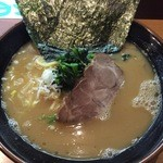 横浜家系らーめん英 - 塩とんこつ750円(2015.11)