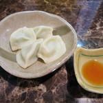 蘭州 - ランチだと+150円でつけられる水餃子。