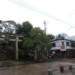47694948 - 店は尾山神社の近く