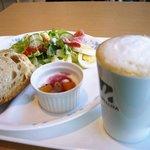 Bakery Cafe CAMELLIYA - モーニング
