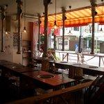 肉のオカヤマ直売所 - お店のバーベキュースペース