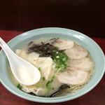 三九ラーメン - ワンタン麺650円