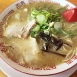 七福亭 - ラーメン+替え玉1玉530円 ※ランチメニュー