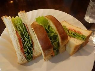 珈琲社中 - BLTサンドトースト