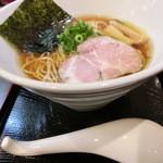 47714235 - 醤油らぁ麺780円