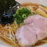 47714238 - 醤油らぁ麺780円