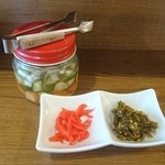 麺 dining だいふく - 紅生姜・高菜・野菜酢漬