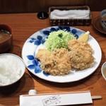 ぽん多本家 - 牡蠣フライのセット全景