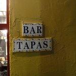 バルタパス - 陶板のネームプレート
