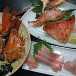 魚河岸 - 料理写真:刺身、焼き、煮付け、から2種類をお選び下さい。