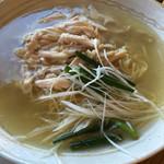 Chinese Tapas Hachi - 鶏塩麺