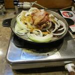 司バラ焼き大衆食堂 - バラ焼き800円