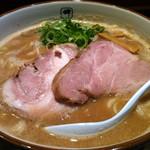 麺や輝 - ラーメン(大盛)