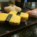 立ち寿司 - 2016年2月   玉子の横には立ち寿しの文字が‼︎