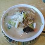 やま正食堂 - タンメン(トンコツ味)