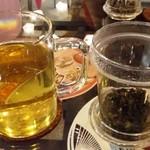 横浜亜熱帯茶館 - 国産ウーロン茶
