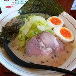 麺屋てっぺん - 塩らーめん(味玉付き)