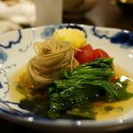 心粋厨房 獬 - セリ・黄ニラ・トマトのおひたし