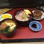 とこちゃん - 海鮮丼