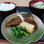 青海食堂 - 鯖の味噌煮と豚汁定食