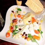 ●定番チーズ盛り