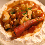 サラミと焼きカマンベール