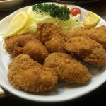 47767461 - 牡蠣フライ。                       なんと580円!                       この値段で大粒の牡蠣フライが6個とは破格です。                       味も良しです。