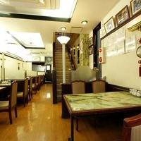 梅蘭酒家 - 1階 テーブル席