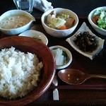 自然生家 - 料理写真:麦とろ膳 1380円なり