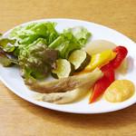 """スペイン風焼き野菜 """"エスカリバーダ"""" ロメスコソース"""