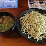 樂笑 - つけ麺並 730円