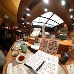 あっぱれ寿司 - カウンターメインでテーブル、個室もあるよ!2F