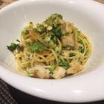 47791499 - ブロッコリーと帆立、白身魚、カラスミのスパゲッティ