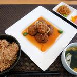 玄米菜食カフェ ミルトスの木 - Cランチ グルテンの肉団子