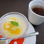 玄米菜食カフェ ミルトスの木 - Cランチ 豆乳で作った杏仁豆腐&黒豆茶