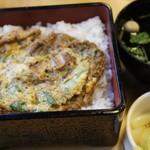 八沢川 - うな玉丼 1,500円=16年2月