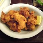 アジト - 鶏のから揚げ