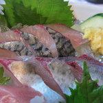 はしまや - 料理写真:釣り鯖の刺身、最高です!