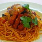 キャナリィ ロウ - 料理写真:ベーコンとなすのトマトソース