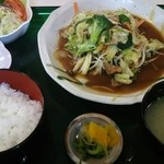 すだち - 野菜炒め定食(800円)コーヒー付